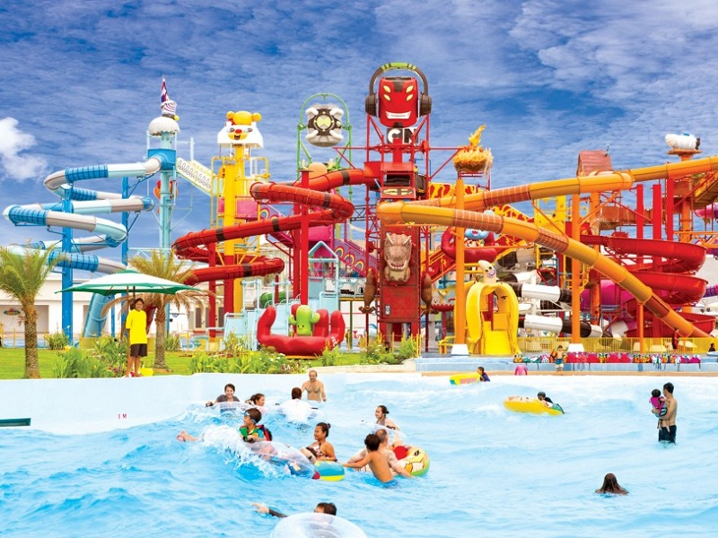 Amazon Cartoon Network Waterpark Pattaya