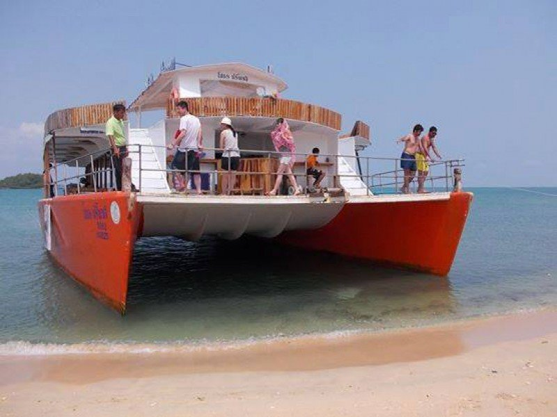 Catamaran Samed Island One Day Trip (Four Islands)