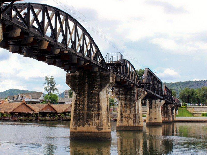 River Kwai 3 Day, Elephant bath, Train, Erawan, Kayaking, Hellfire Pass (P12)