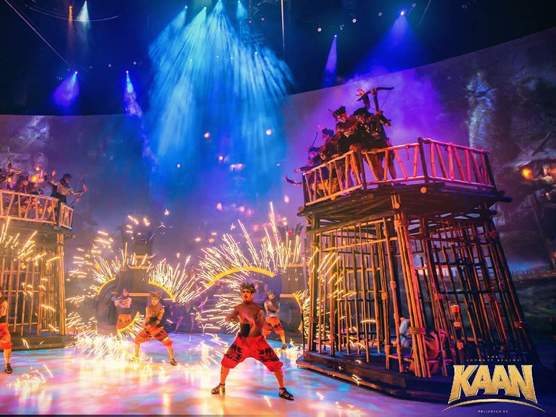 Kaan Show Pattaya - Cloud Zone